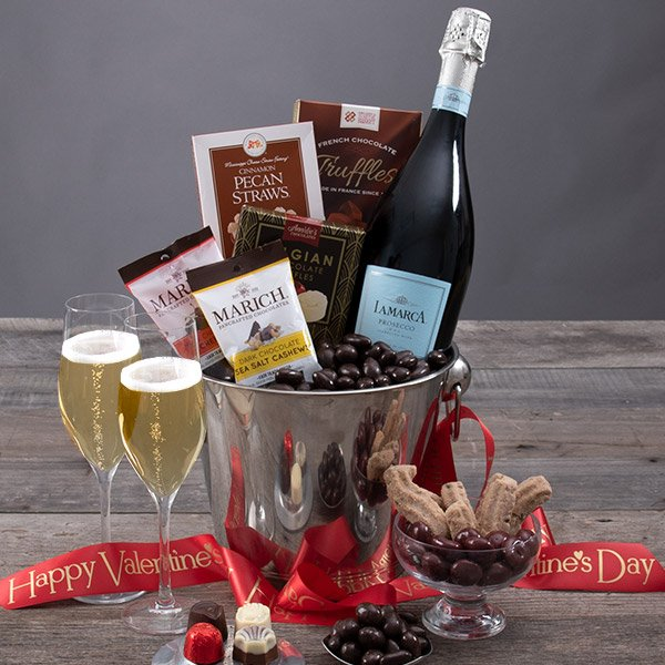 A Toast to Valentine's Day: Sparkling Prosecco Gift Crate