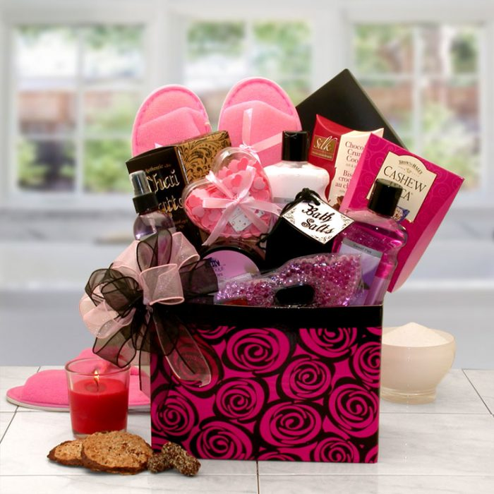 A Luxurious Spa Rose Gift Box
